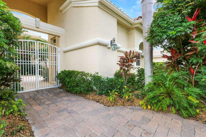 1140 Grand Cay Drive, Palm Beach Gardens, FL 33418