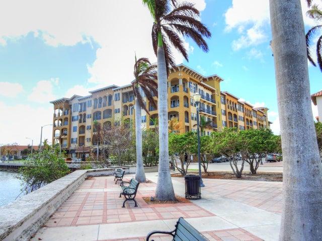 20 Orange Avenue Ph3, Fort Pierce, FL 34950