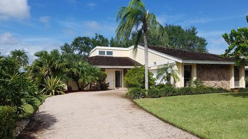 13768 Sand Crane Drive, Palm Beach Gardens, FL 33410