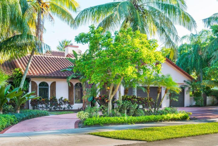 3040 Wedgewood Boulevard, Delray Beach, FL 33445