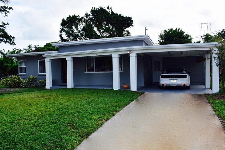 6301 Lake Avenue, West Palm Beach, FL 33405