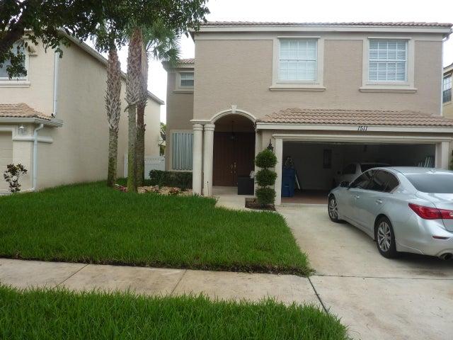 1511 Running Oak Lane NW, Royal Palm Beach, FL 33411