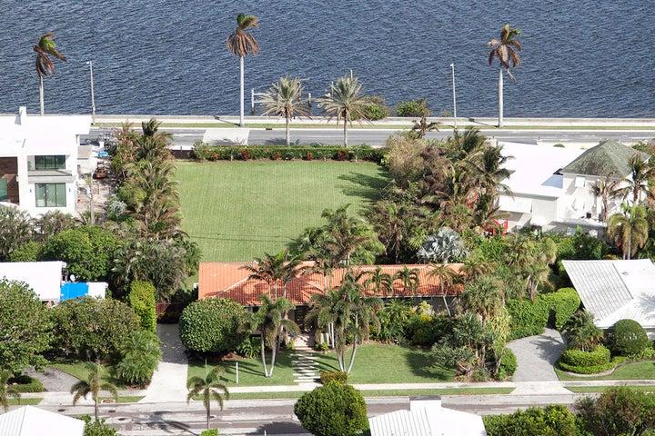 6614 Pamela Lane, West Palm Beach, FL 33405