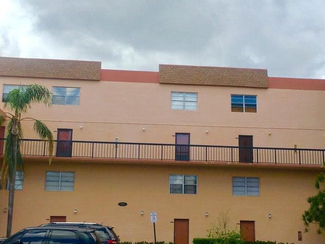 7521 NW 16th Street 4102, Plantation, FL 33313