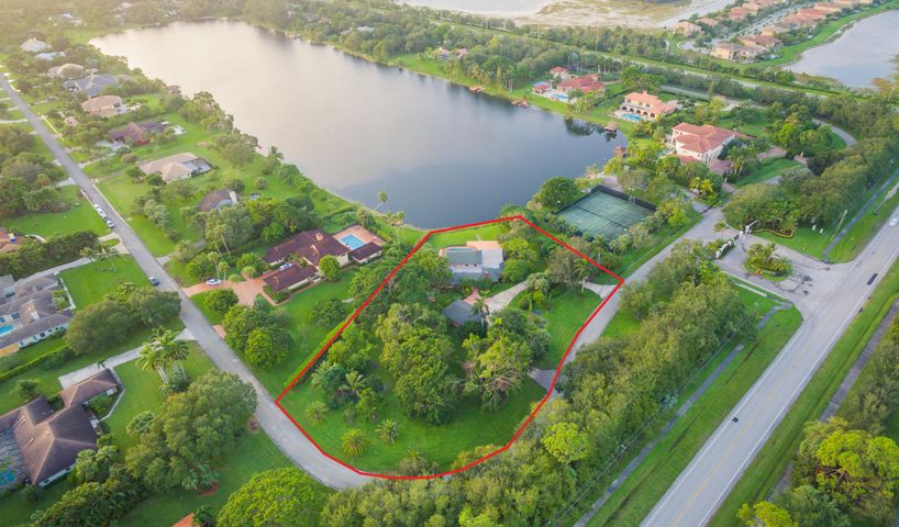 8521 Estate Drive Drive, West Palm Beach, FL 33411