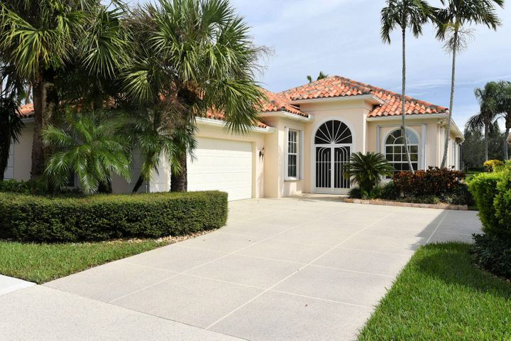 2666 Irma Lake Drive, West Palm Beach, FL 33411
