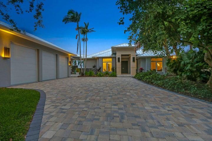 601 SW Bay Pointe Circle, Palm City, FL 34990