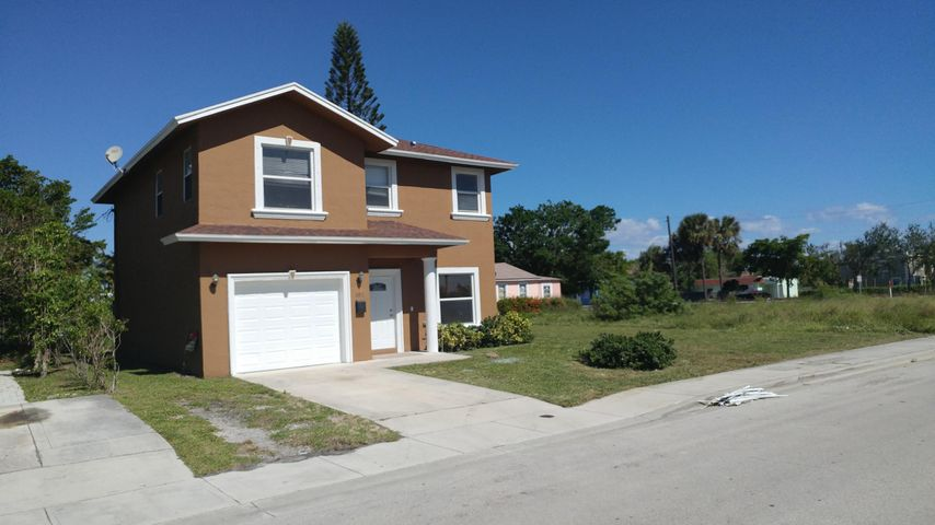 620 Latona Avenue, Lake Worth, FL 33460