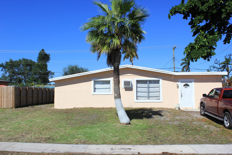 5641 SW 39th Street, Davie, FL 33314