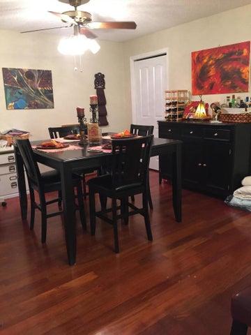 870 Stonybrook Circle, Port Orange, FL 32127