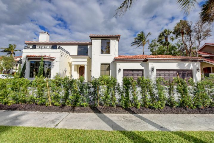 BN 743 Palm Ave West-3