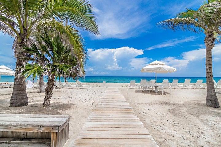139 Sunrise Avenue, 311, Palm Beach, FL 33480