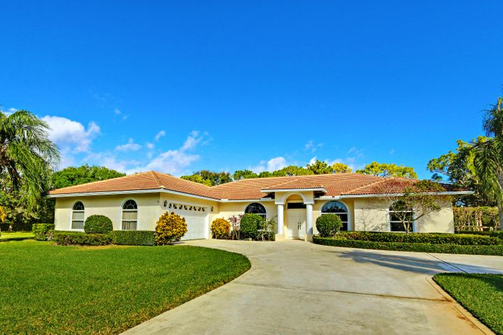 8170 Man-O-War Road, Palm Beach Gardens, FL 33418