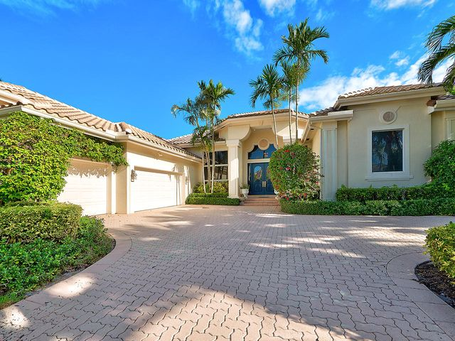 26 Saint James Drive, Palm Beach Gardens, FL 33418