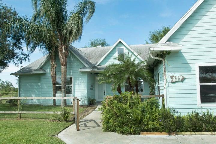 119 S Bear Pointe Drive, Lake Placid, FL 33852