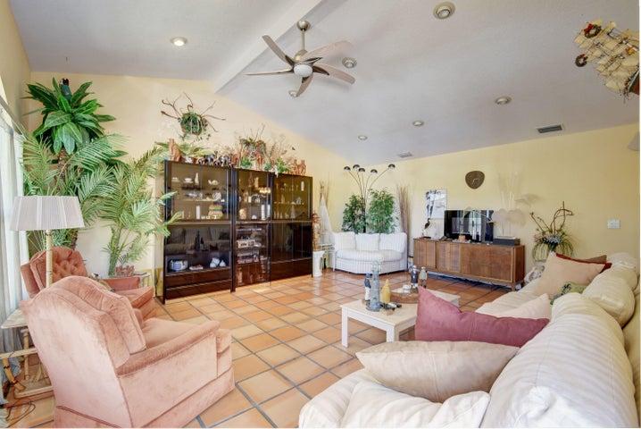 5503 Hobart Avenue, West Palm Beach, FL 33405