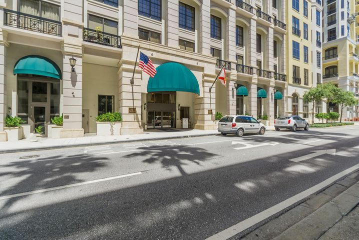 801 S Olive Avenue, #1504, West Palm Beach, FL 33401