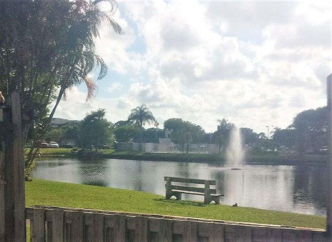 2320 Waterside Drive, Lake Worth, FL 33461