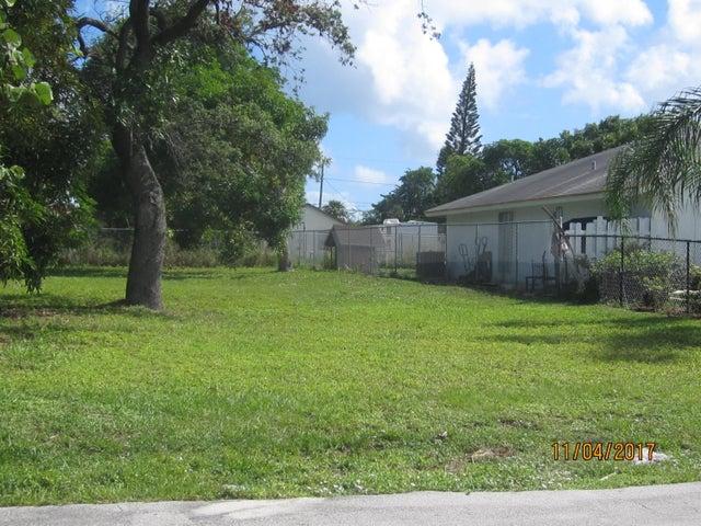 213 SW 6th Avenue, Delray Beach, FL 33444
