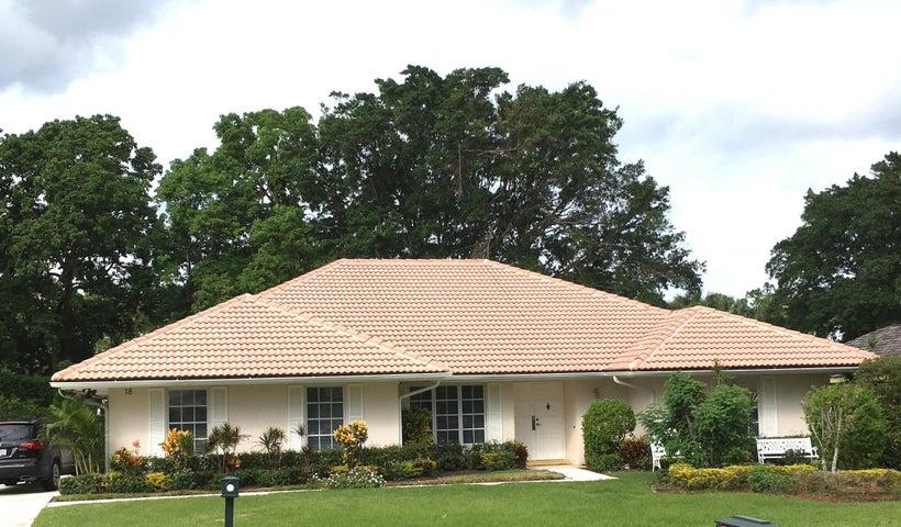 18 Berwick Road, Palm Beach Gardens, FL 33418