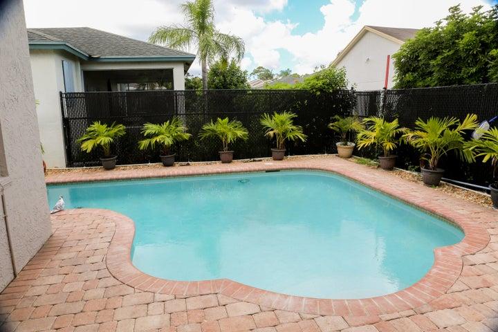 1017 Cape Cod Terrace, West Palm Beach, FL 33413
