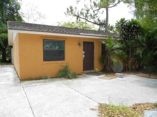 4988 Canton Road, Lake Worth, FL 33463