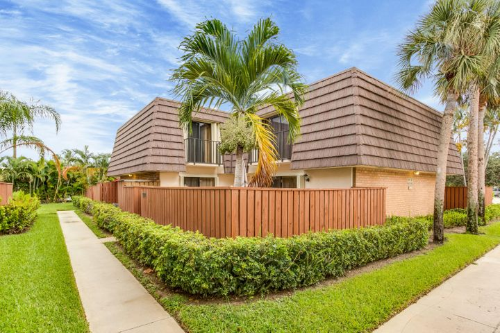 1909 19th Court, Jupiter, FL 33477