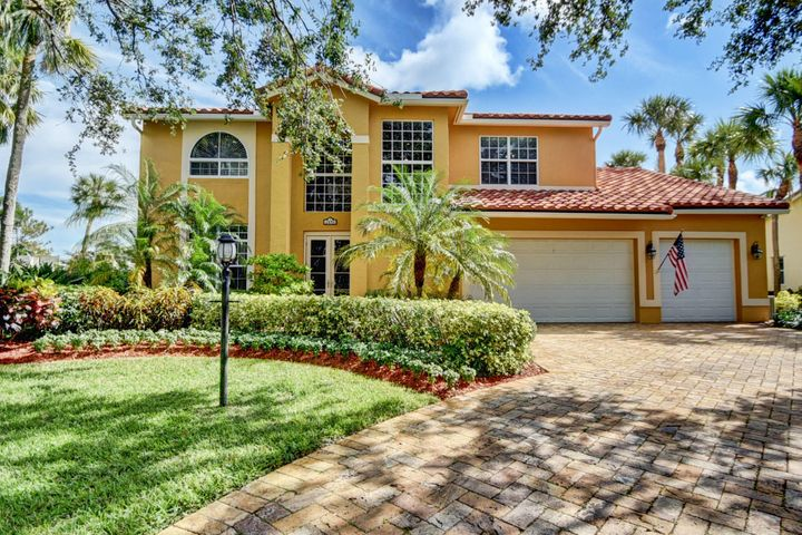 2895 Hampton Circle E, Delray Beach, FL 33445
