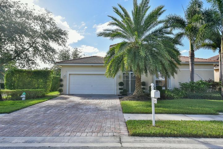 8312 Pine Cay, West Palm Beach, FL 33411