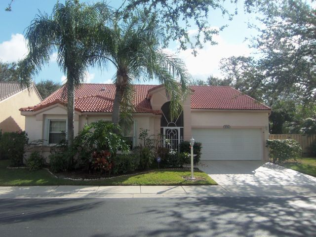 1042 Siena Oaks Circle, Palm Beach Gardens, FL 33410