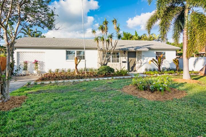 424 Alemeda Drive, Palm Springs, FL 33461