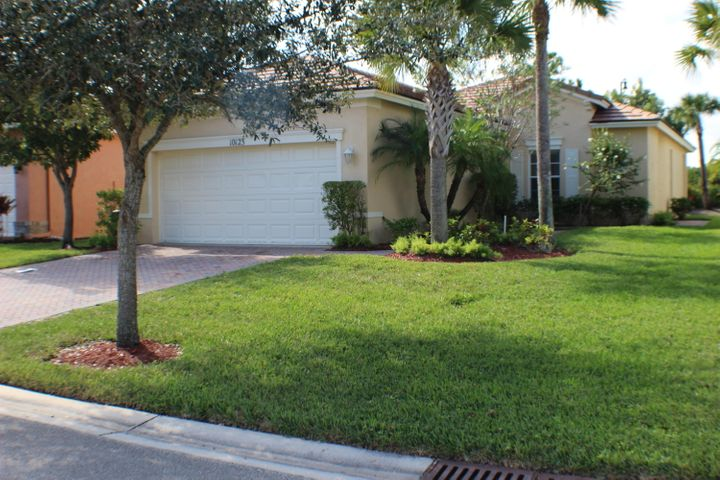 10123 SW Brookgreen Circle, Port Saint Lucie, FL 34987