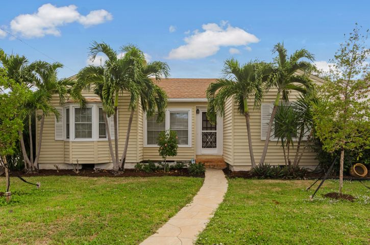 1028 N O Street, Lake Worth, FL 33460