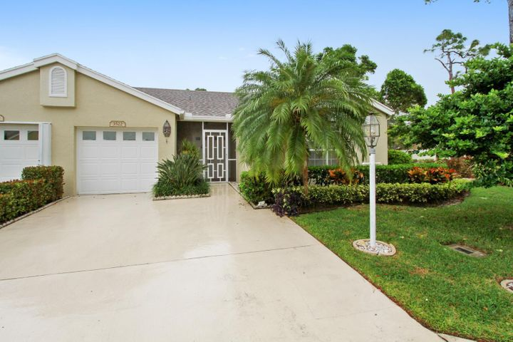 3522 Mill Brook Way Circle, Greenacres, FL 33463