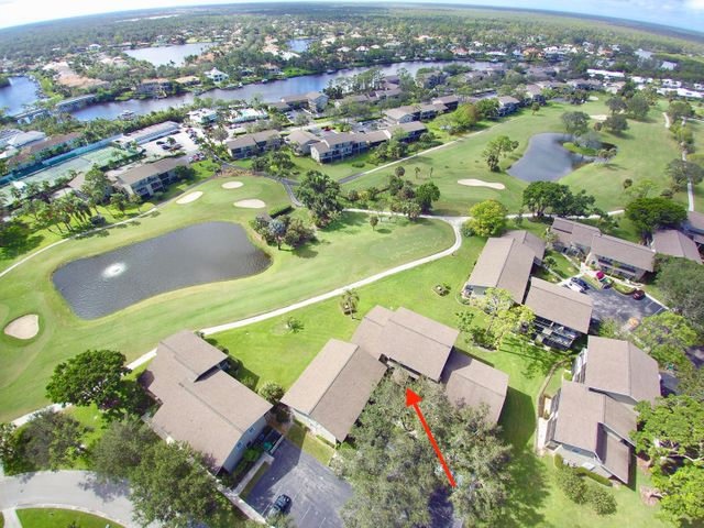 18580 SE Wood Haven Lane, Lakewood H, Tequesta, FL 33469