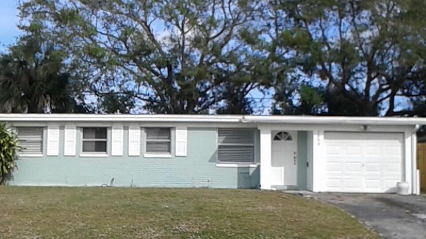 3853 Everglades Road, Palm Beach Gardens, FL 33410
