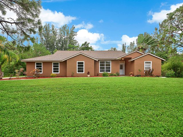 13786 61st Street N, West Palm Beach, FL 33412