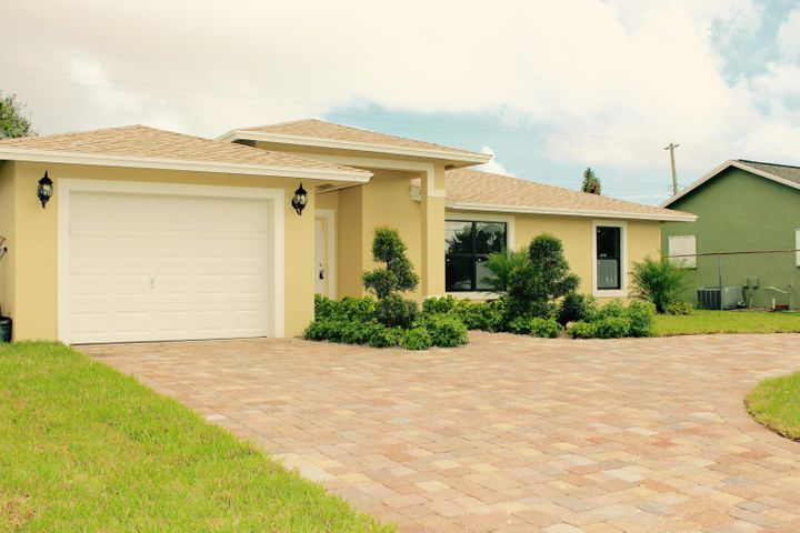 6816 S Congress Avenue, Lake Worth, FL 33462