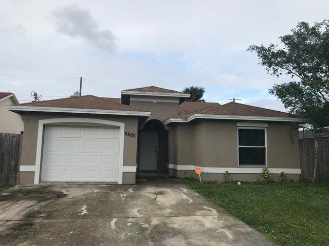 3885 Hiawatha Avenue, West Palm Beach, FL 33409
