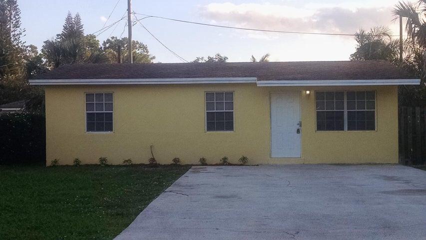 5566 Mango Road, West Palm Beach, FL 33413