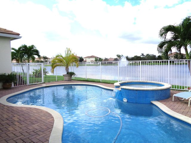 8358 Butler Greenwood Drive, Royal Palm Beach, FL 33411