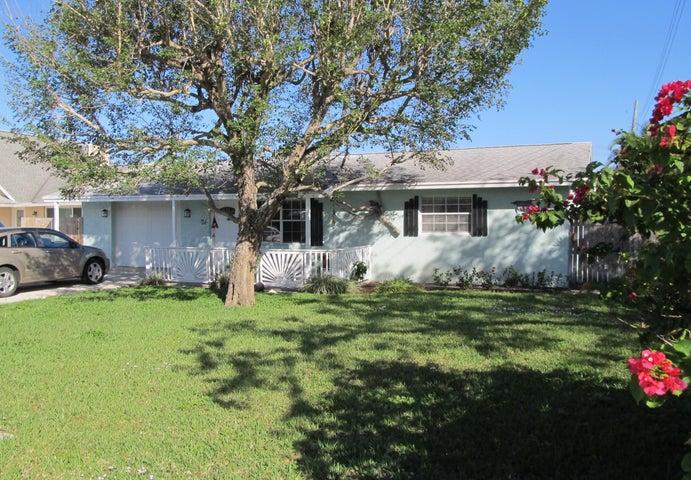 18929 SE Hillcrest Drive, Tequesta, FL 33469