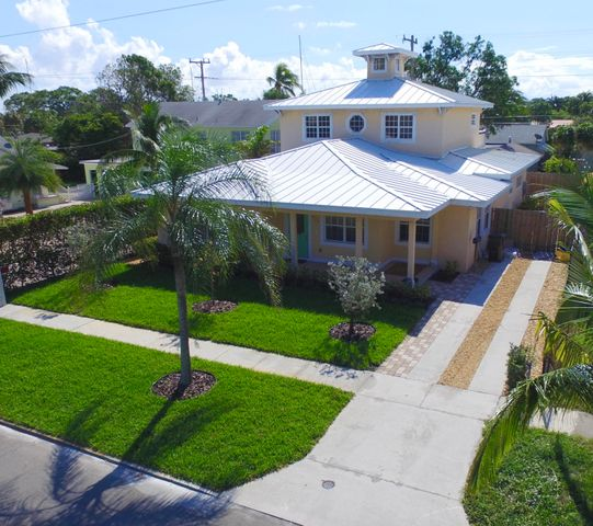 Front Aerial Elevation. Across from Palm Beach Sailing Club