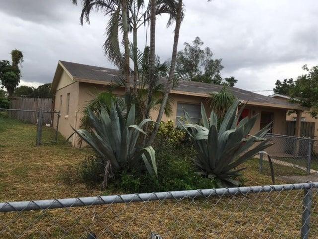 113 Dorothy Drive, West Palm Beach, FL 33415