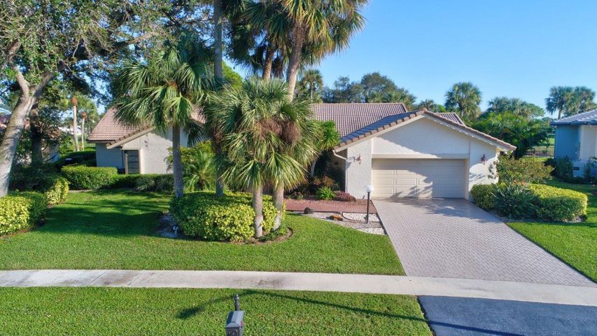 4469 White Cedar Lane, Delray Beach, FL 33445