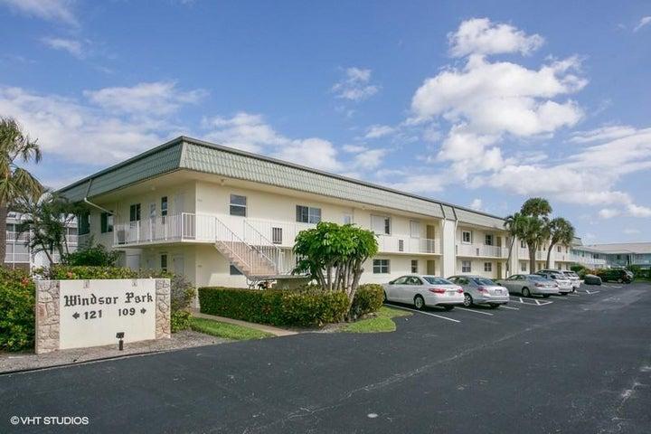 109 Wettaw Lane, 206, North Palm Beach, FL 33408