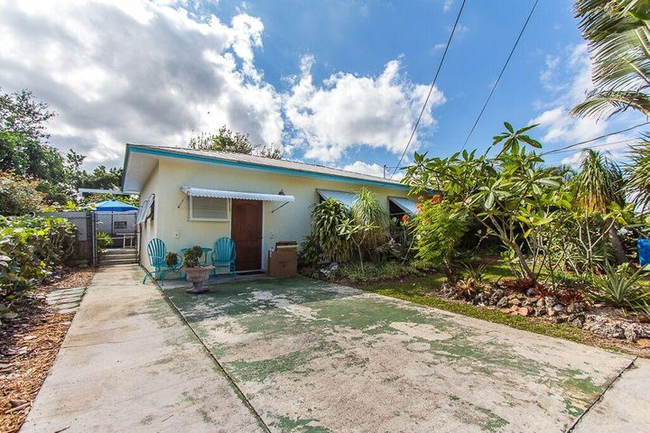 215 Olson Avenue, Fort Pierce, FL 34946