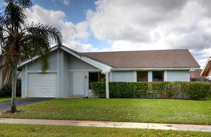 1407 SW 82 Avenue, North Lauderdale, FL 33068