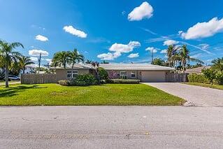 4571 NE 27th Avenue, Lighthouse Point, FL 33064