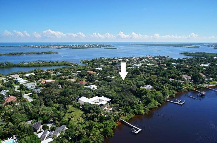 16 Mandalay Road, Stuart, FL 34996